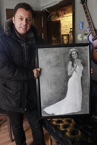 Karakalem Portre Çizimleri - Sanatsal Hediyeler İstanbul kadıköy bağdat caddesi üsküdar çizim 172
