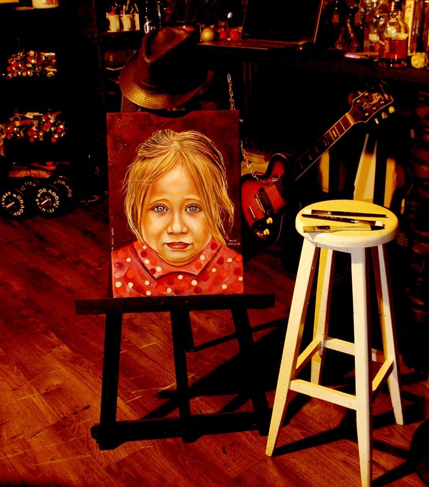 İstanbul Yağlıboya Portre Sipariş Fiyatları Karakalem Çizimleri Sanatsal Hediyeler İstanbul kadıköy bağdat caddesi üsküdar 21